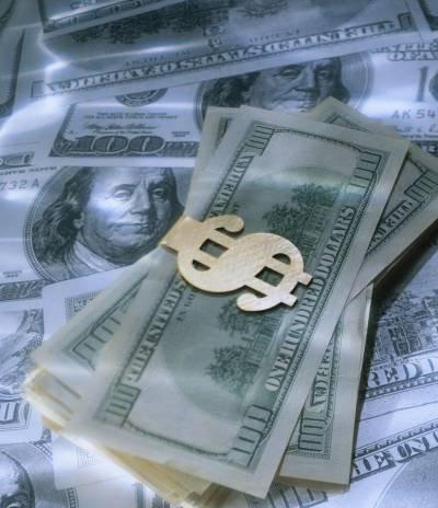 Какую роль играет кредитное бюро в финансовой жизни банков и их клиентов?
