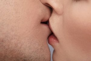 Поцелуй по правилам науки