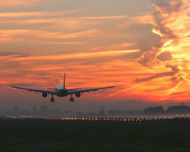 Преимущества путешествий авиатранспортом