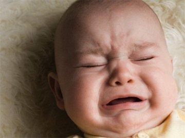 Причины слез у грудных малышей