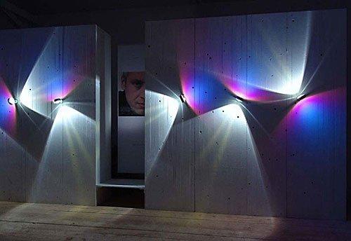 ...оптовым дистрибьютором декоративных светильников среднего и премиального...