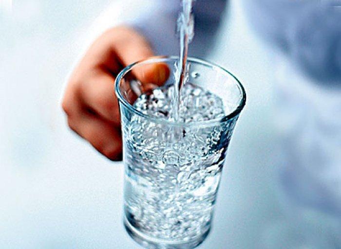 Альтернативы воде из крана: что безопаснее?