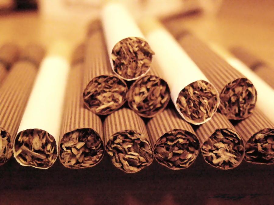 Сигареты будут продаваться по рецептам