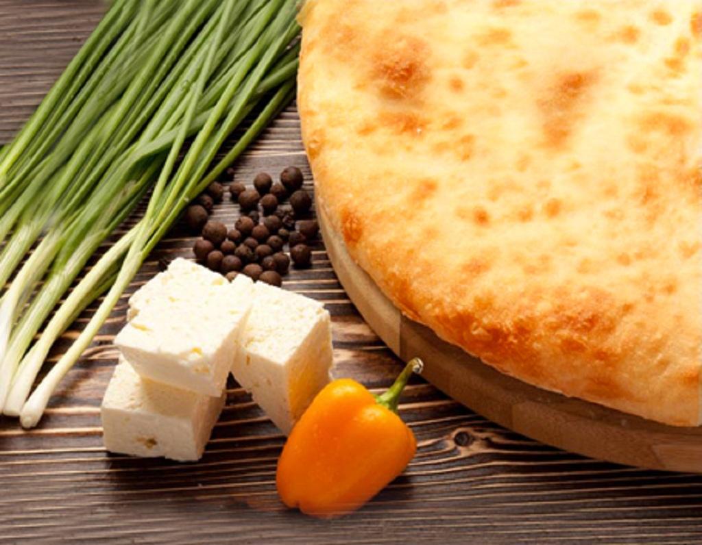 Символ солнца — осетинский пирог