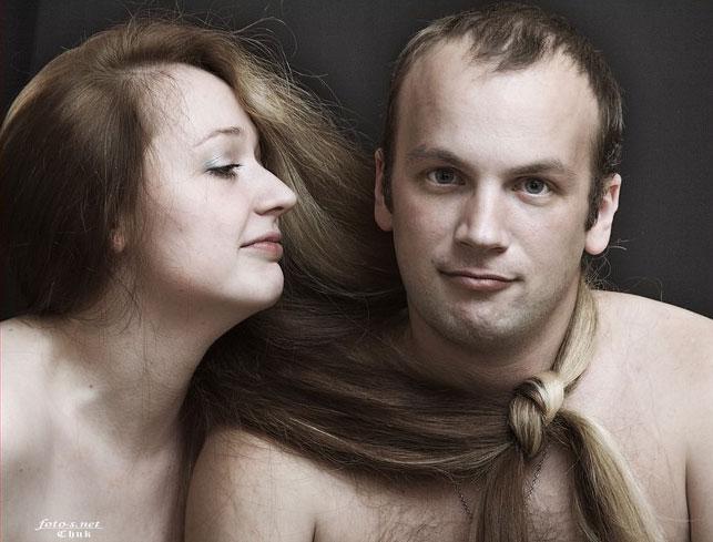seksualnaya-v-zakritom-kupalnike