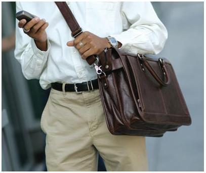 Есть мужские сумки, и есть портфели.  Вторые в современной мужской моде играют не...