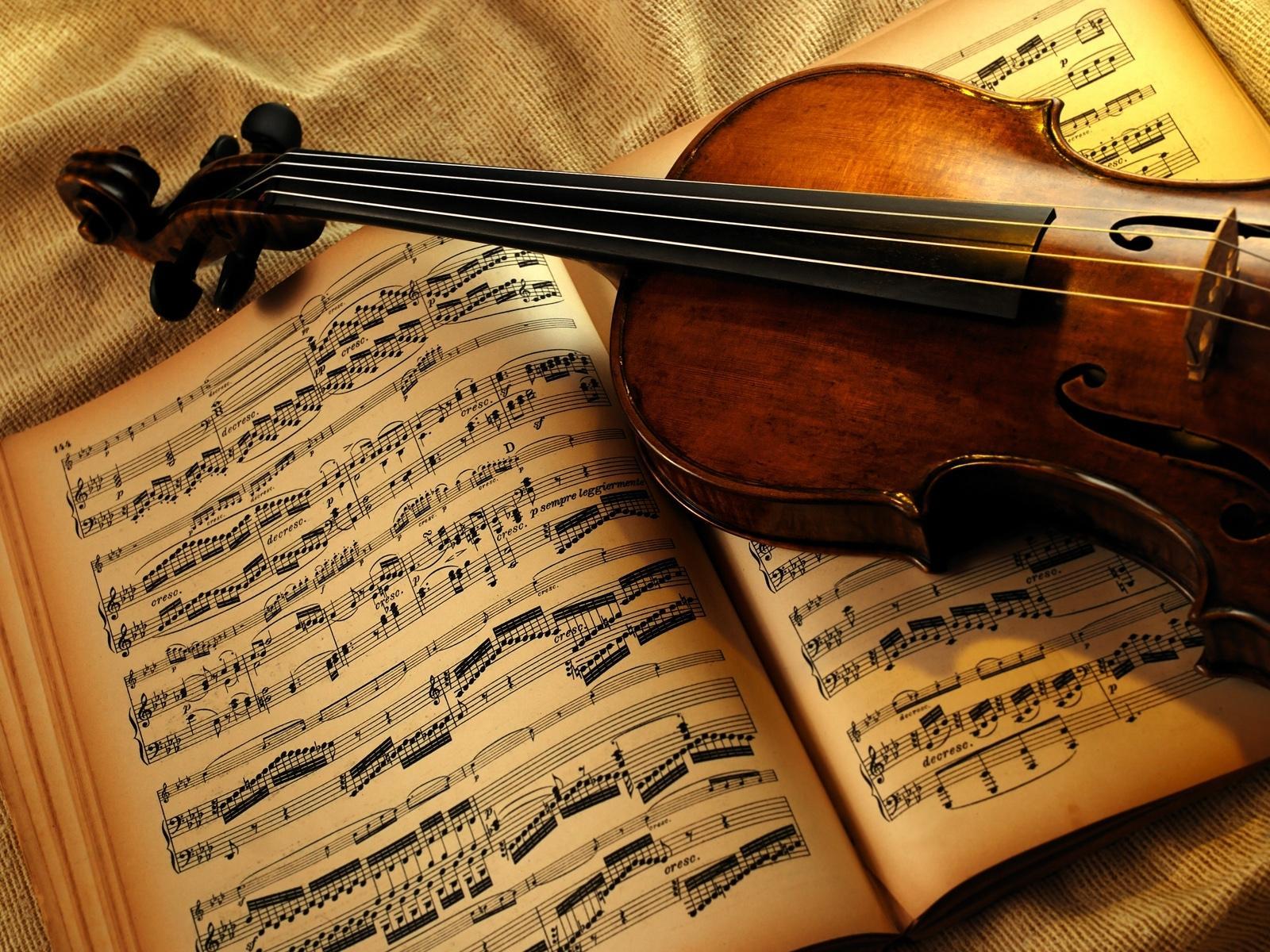 Как освоить мелодические музыкальные инструменты?