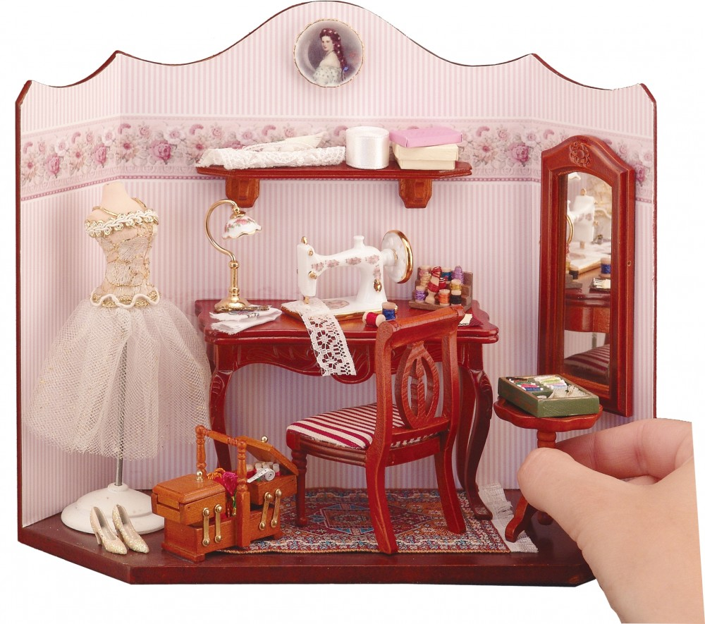 Кукольный домик в викторианском стиле
