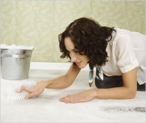 Как эффективно почистить шерстяной ковер