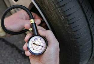 Какое давление поддерживать в шинах?