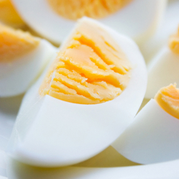 Стоит ли есть куриные яйца?