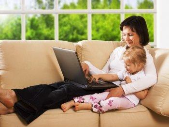 Где найти работу женщине с детьми?