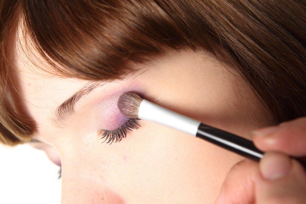 Основные правила нанесения макияжа глаз