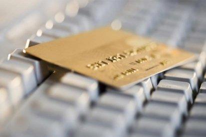 Как происходит оформление кредитной карты через интернет