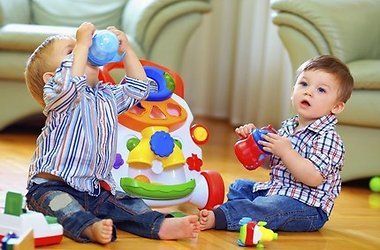 Детские игрушки из пластмассы