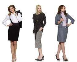 Блузка как элемент гардероба: сексуальная женственность или мальчишеская небрежность?