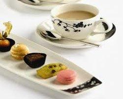 Как оценить чайный сервиз из фарфора?
