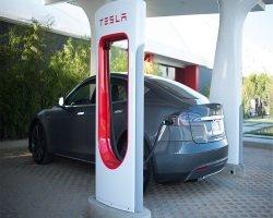 Аккумуляторы солнечной энергии от Тесла Моторс