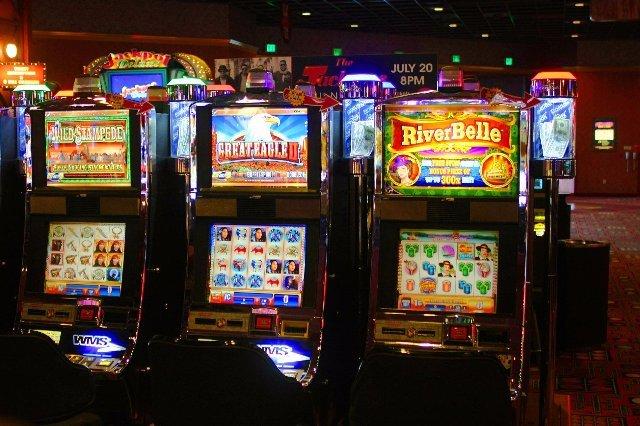 Уникальный клуб с игровыми машинами на деньги