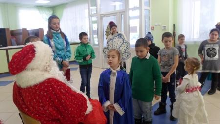 Ждали дети целый год новогодний хоровод или Воспоминания о веселых праздниках