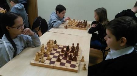 В какой школе самые сильные шахматисты — стало известно на шахматном турнире. ФОТОГАЛЕРЕЯ