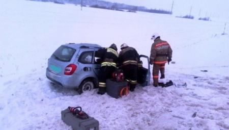 В Татарстане произошло страшное ДТП: фура протаранила легковушку, есть погибшие
