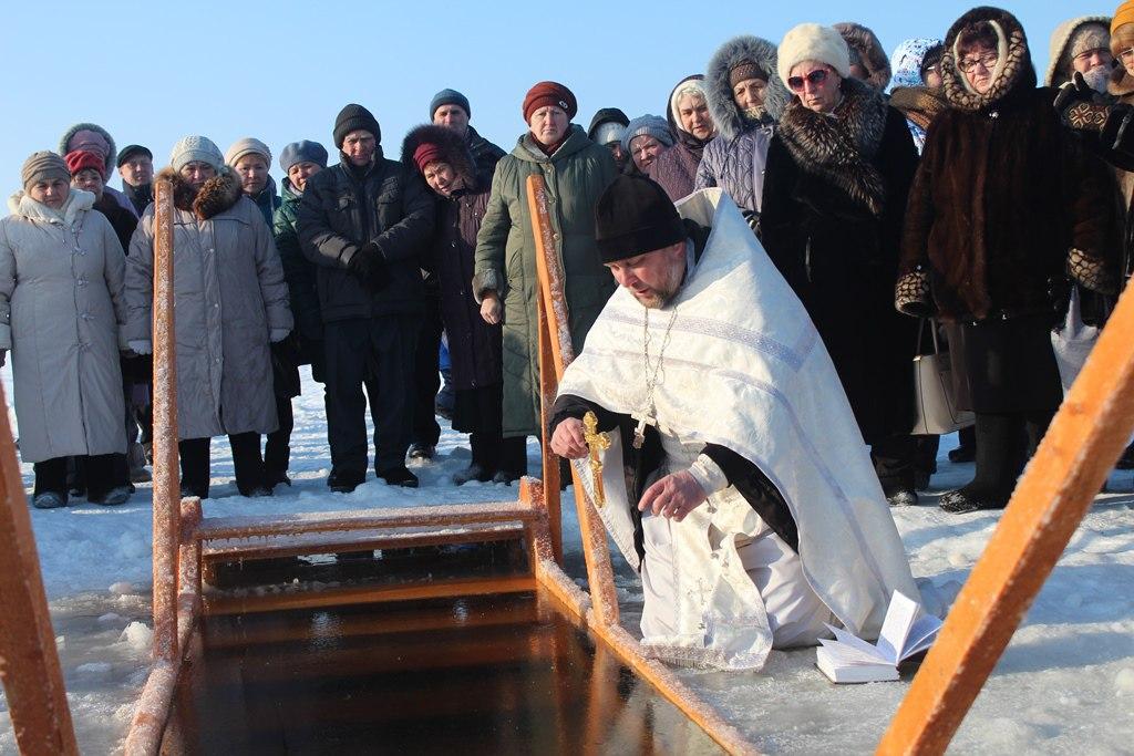 Крещение. Обряд освящения воды. Лаишево. ФОТОРЕПОРТАЖ