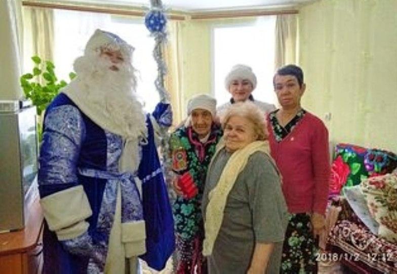 И пришел в больницу Дед Мороз