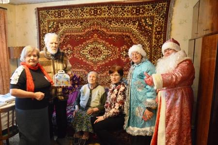 В Лаишеве новогодние подарки получили ветераны ВОВ