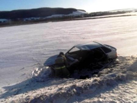 В Чистопольском районе автомобиль вылетел в кювет