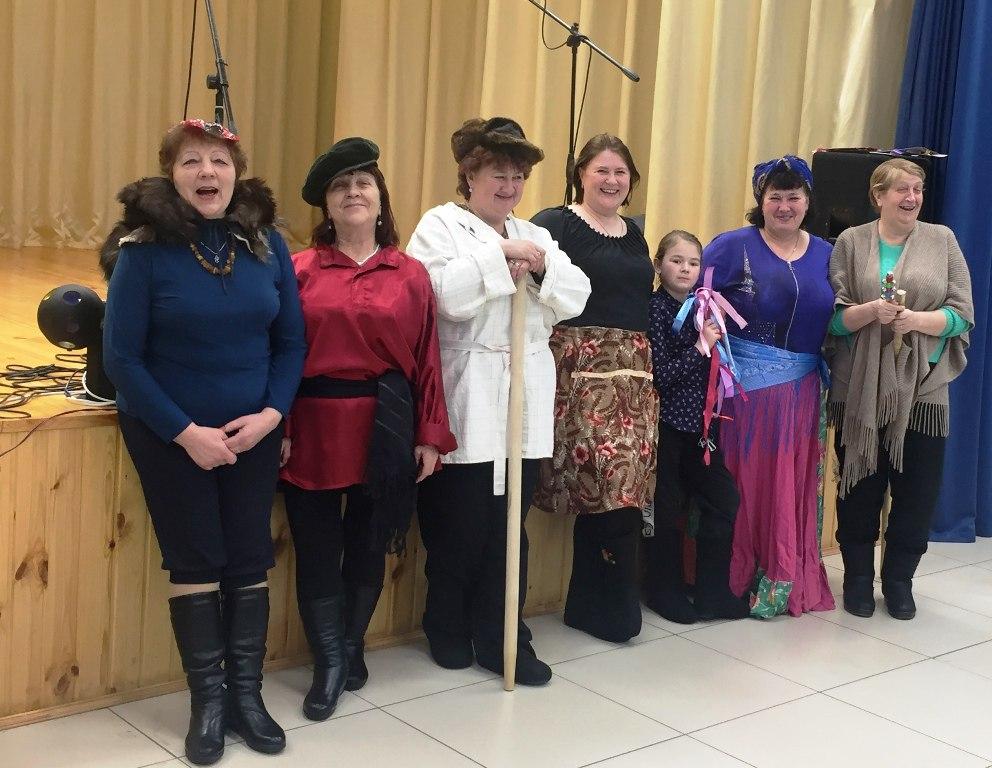 Раз в Крещенский вечерок девушки играли или Праздник Богоявление по-рождественски