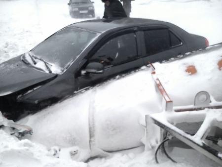 Непогода негативно повлияла на обстановку на дорогах