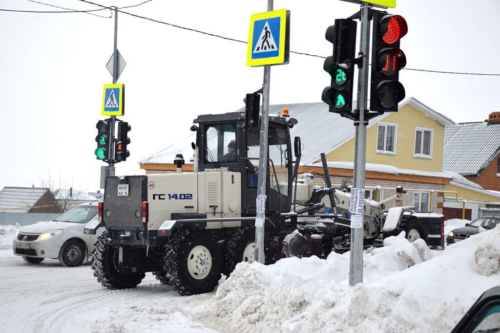 В Лаишеве ликвидируют последствия вновь начавшихся снегопадов