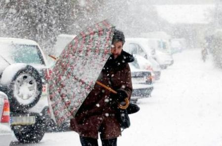 Синоптики предупреждают: с 4 по 5 февраля ожидается штормовой ветер