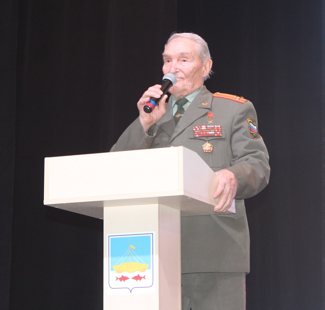 Сегодня, 23 февраля, в РДК приветствовали защитников Родины. Награждение. ФОТОГАЛЕРЕЯ