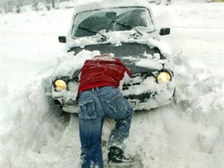 Завтра в Лаишево ожидается сильный снег и снежные заносы