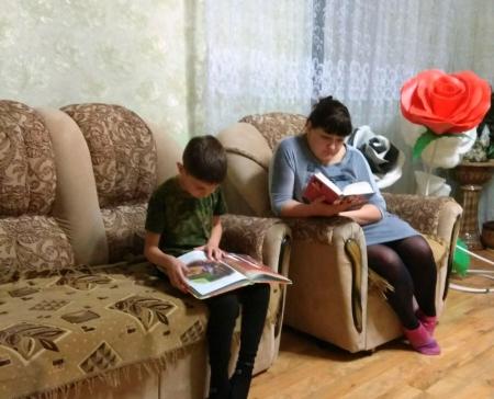 Акция «Читаем всей семьёй» в рамках «Весенней недели добра»