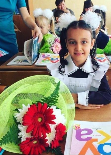 ФОТО на конкурс «Мисс школьница 2018». Участница – Замира Рахимова