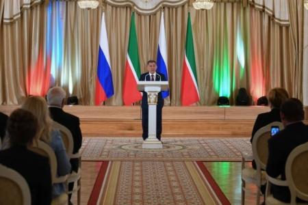 Президент РТ вручил государственные награды 46 выдающимся жителям Татарстана
