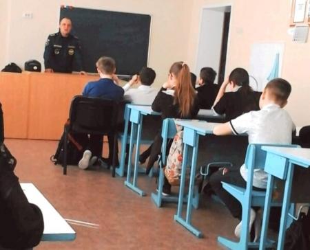 С учащимися Лаишевского района проводятся беседы о безопасности на льду