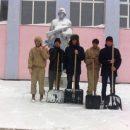 Лаишевские юнармейцы ухаживают за памятником героям войны