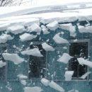 Погода в Лаишево. Ожидается сильный снегопад с крыш домов