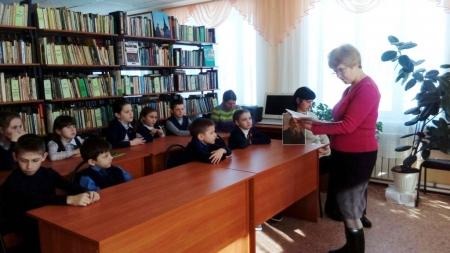 Школьники с удовольствием читают детские бестселлеры Льва Толстого