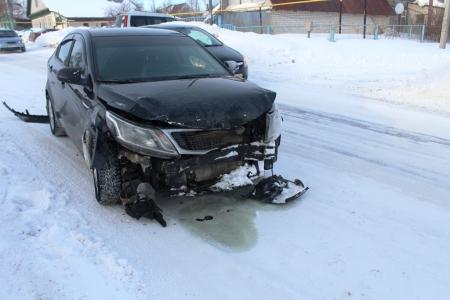Сегодня в Лаишеве нетрезвый водитель врезался в машину, в которой находилась беременная женщина. ВИДЕО