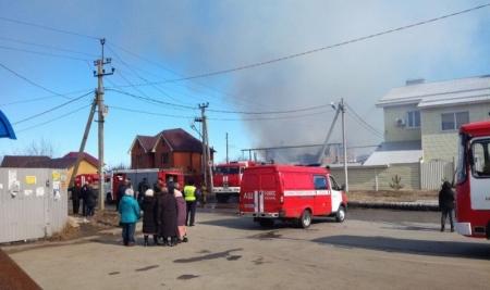 Пожарные спасли пенсионерку из горящего дома