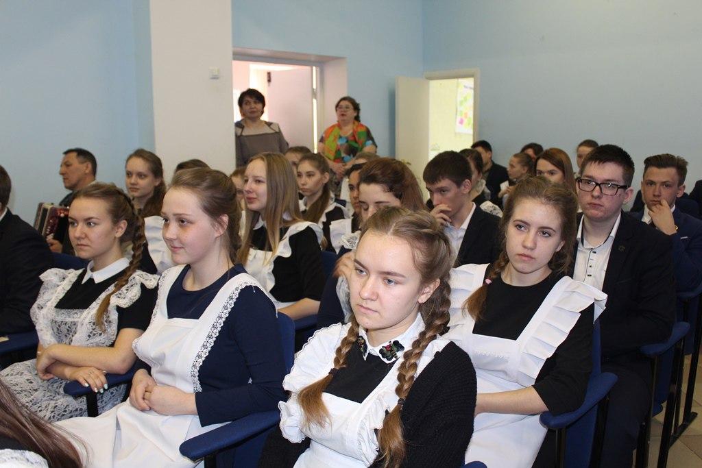 В гостях у школьников — Герой Советского Союза Борис Кириллович Кузнецов