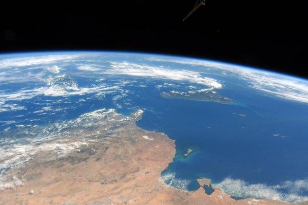 От Мальты до Сицилии за несколько секунд: Российский астронавт делится снимками с космоса