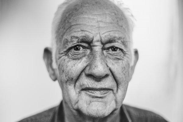 Учёные назвали возраст начала старения