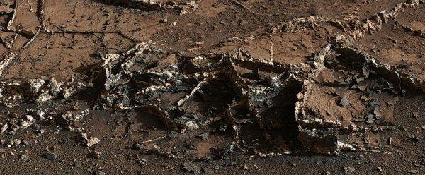 Уфолог обнаружил на Марсе двухкилометровое здание