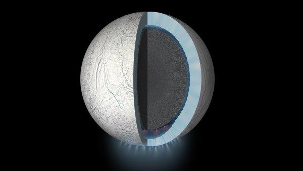 Ученые доказали наличие теплого океана на спутнике Сатурна